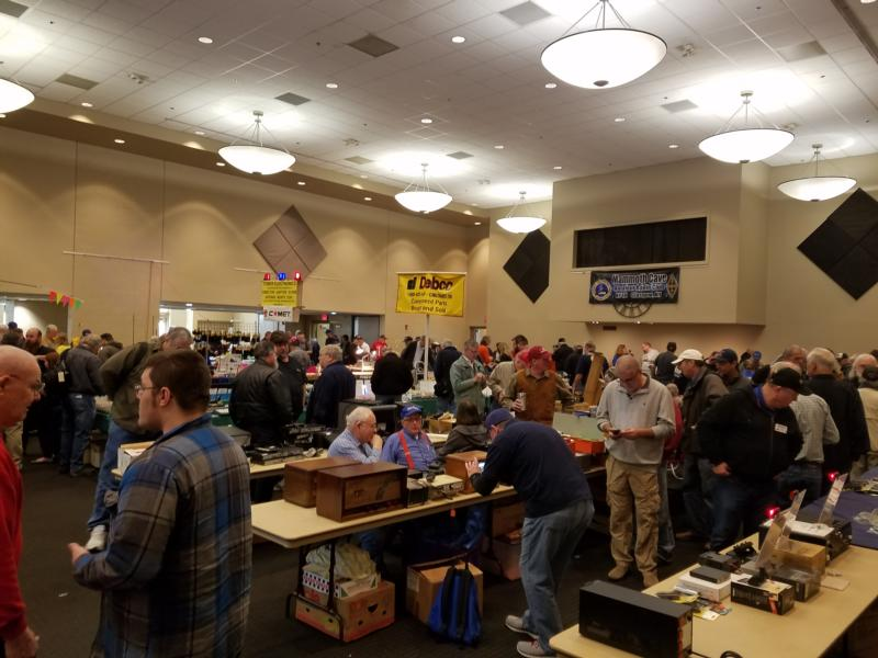 Main Hamfest Floor