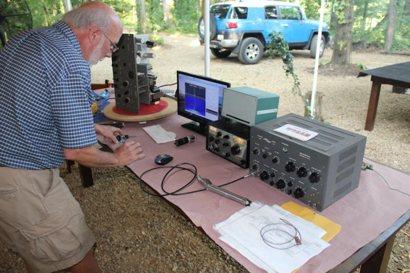 Bob, W9RAN, transceiving with equipment nearly 60 years apart.
