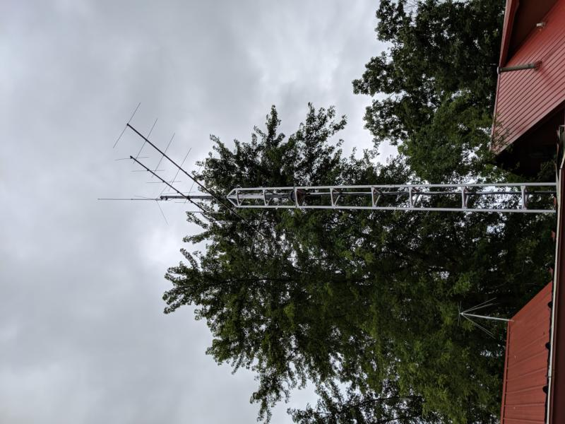 VHF & UHF, approx 35 ft, August 2019